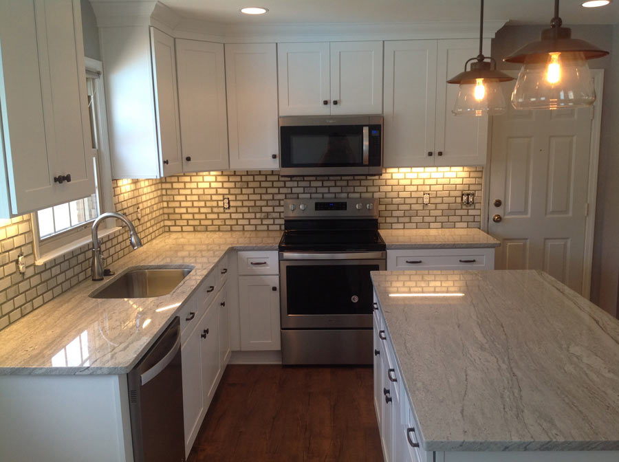 Kitchen remodeling photo gallery 3 day kitchen bath for Bathroom remodel in 3 days